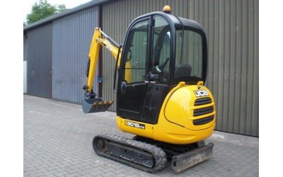 Mini escavatore jcb 8018cts