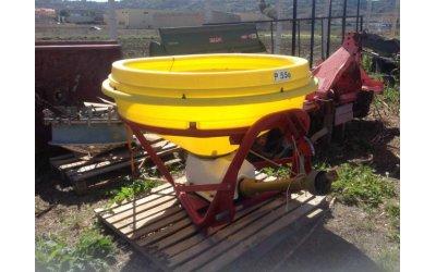 Spandiconcime 550 litri