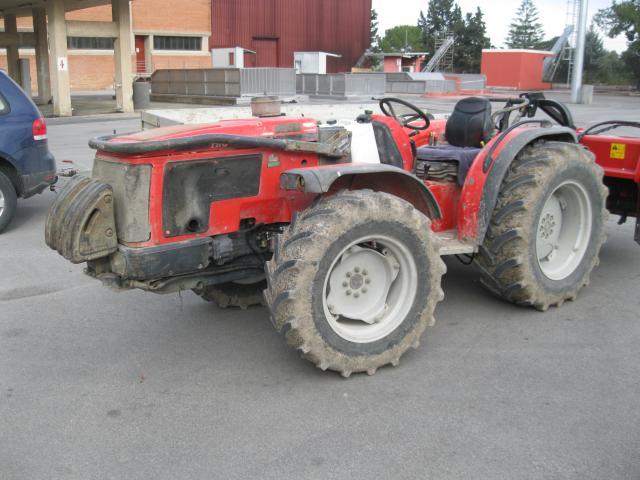Trattore gommato antonio carraro modello trg 9400 for Forum trattori carraro