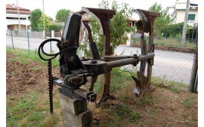 Aratri in vendita su for Di raimondo macchine agricole