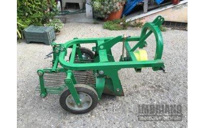 Scavapatate usato per trattore